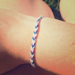 Jewelry - Braided fishtail bracelet